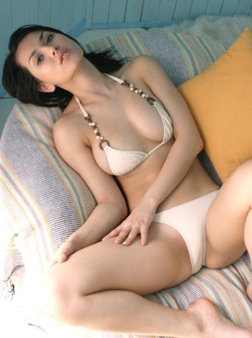 asian private escort busty  escorts