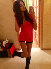 SIMONA, Escorts.cm escort, Kissing Escorts.cm Escorts – French, Deep, Tongue