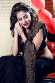 09999618952 Indian Women Escort