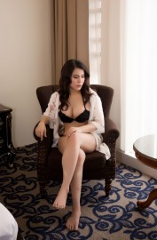 ELINA THE COLLEGE BABE, Escorts.cm call girl