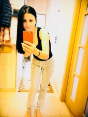 Wendy, Escorts.cm call girl, GFE Escorts.cm – GirlFriend Experience